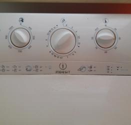 Стиральная машина indesit wt100(5кг)